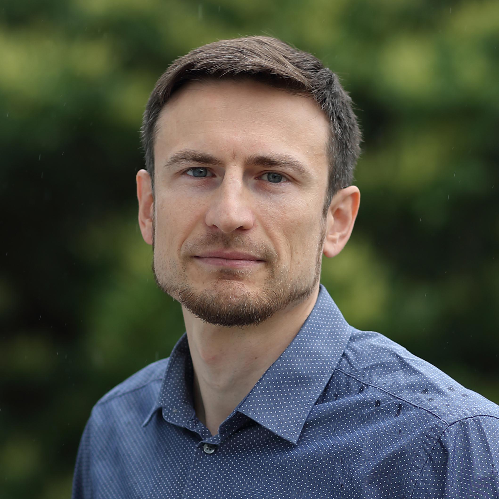 Peter Laurinec profil